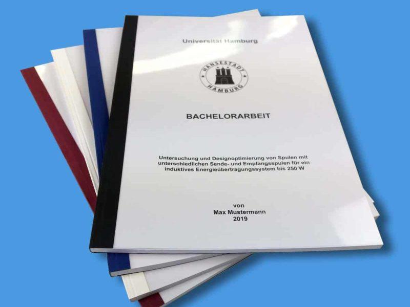 Wir binden Ihnen Ihre Bachelorarbeit auch als Klebebindung mit umlaufendem Cover.